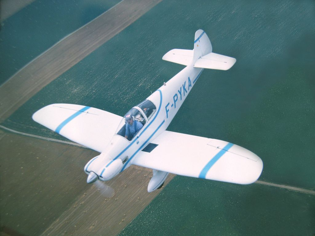 http://www.avions-piel.com/download/file.php?id=1369&sid=9c962464c37be148c618def1b2470741