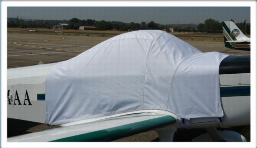 piel-superemeraude-bache-avion-aircraft-cover.jpg